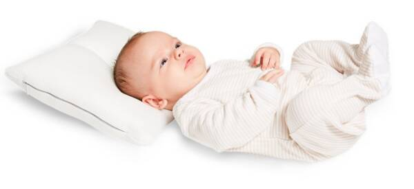 cuando poner almohada bebe
