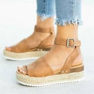 zapatos de plataforma y cuna